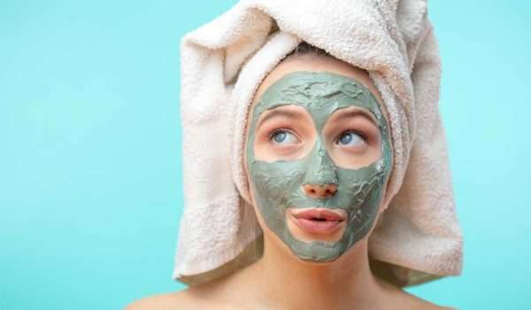 article and mask،beauty image