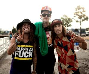 pierce the veil, t.mills, and vic fuentes image