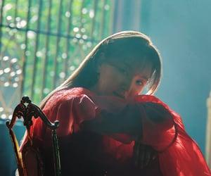 blue, red velvet, and vocalist image