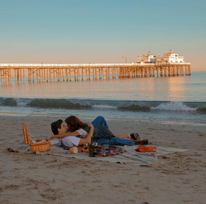 aesthetic, beach, and noah centineo image