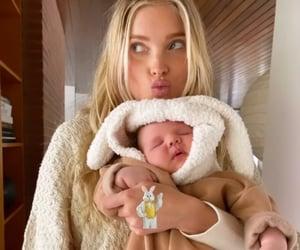 baby, little girl, and motherhood image