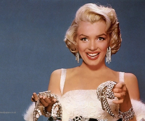 Marilyn Monroe, diamond, and vintage image