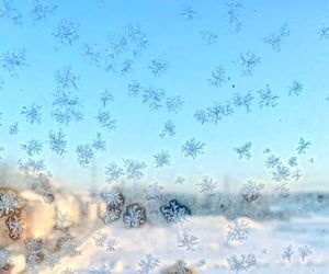 aesthetic, snow, and snowflake image