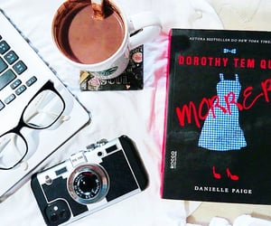 book, dorothy must die, and the witch must burn image