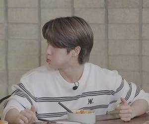 boys, eating, and han image