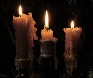 candle and dark image