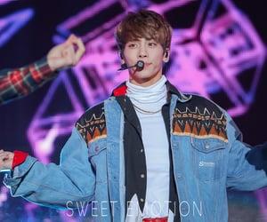 SHINee, kim jonghyun, and 0408 image