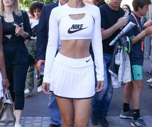 nike, street style, and long sleeve top image