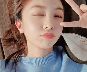 bora, jiu, and yoohyeon image