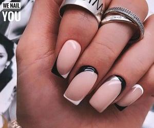 moda nails beautiful image