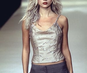kate moss, runway, and 90s model image