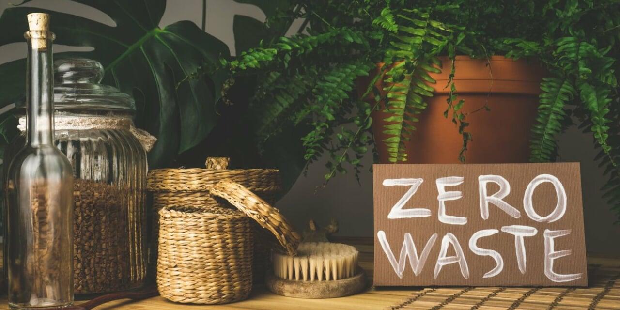 eco friendly, minimalism, and reduce plastic image