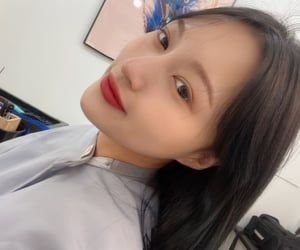dreamcatcher, girl group, and lee siyeon image