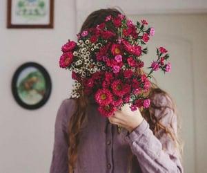 flowers, girl, and ًورد image