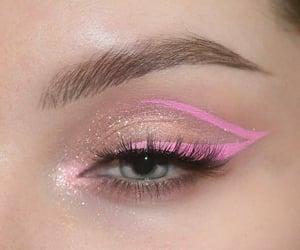 eye shadow and eye makeup image