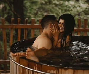 amor, couples, and jacuzzi image