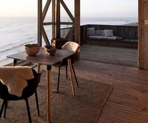 interiors and minimalism image