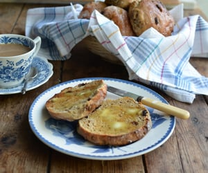 Yorkshire Tea Cakes