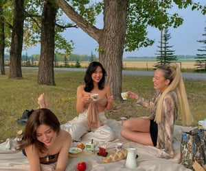 girls, picnic, and happy image