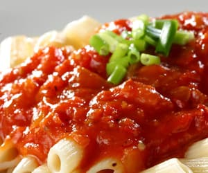 pasta sauce, easy pasta sauce, and red pasta sauce image