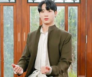 gif, seokjin, and jungkook image