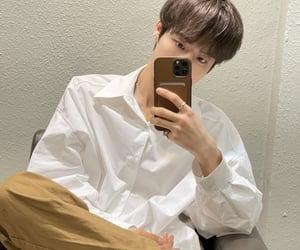 brown hair, mirror selfie, and mirae image