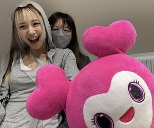 chaeyoung, jeongyeon, and twice image