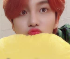 red hair, kpop, and selca image