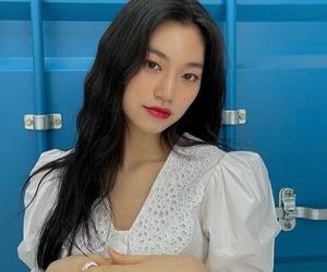 actress, korean, and girlfriend material image