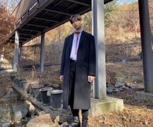 autumn, fashion, and juyeon image