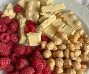 Raspberries, white chocolate & peanuts