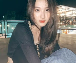 asian, benyapa jeenprasom, and asian girl image