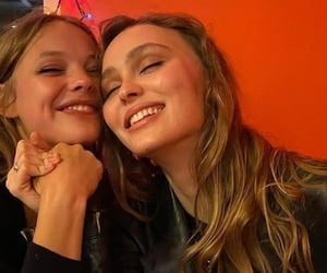 lily rose, lily rose depp, and friends image