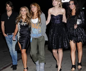 demi lovato, miley cyrus, and Taylor Swift image