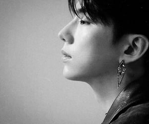 black and white, kihyun, and kpop dark theme image