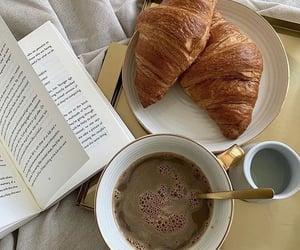 Coffee  Time ☕🥐