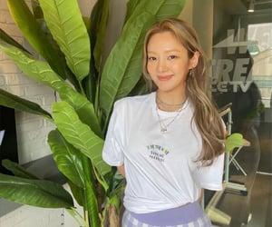 fashion, hyoyeon, and cute image