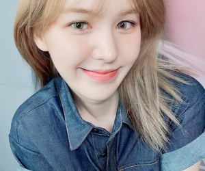 red velvet, wendy, and like water image