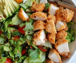 mixed salad with crispy chicken