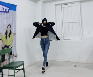 kpop, jiheon, and fromis image