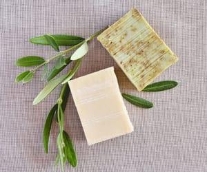 feito em casa, sabonetes artesanais, and cosméticos artesanais image