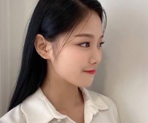 hyunjin, loona, and kim hyunjin image