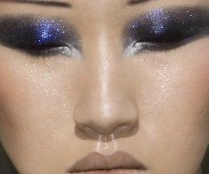 eyeshadow and galaxy image
