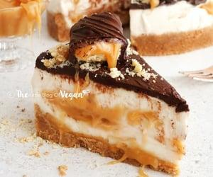 No-Bake Twix Cheesecake | The Little Blog Of Vegan