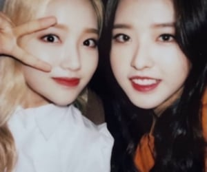gowon, hyewon, and hyejoo image