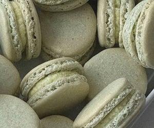 green and macaron image