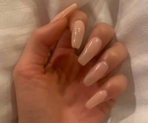 aesthetic, girl, and manicure image