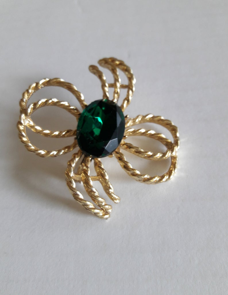 costume jewelry, vintage jewellery, and st patrick's day image