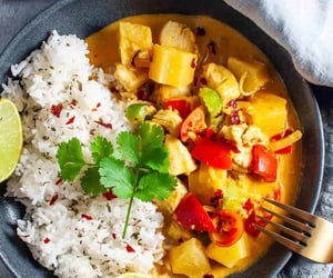 Rich & Creamy Thai red curry with pineapple