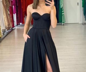 beauty, grad dress, and prom 2021 image
